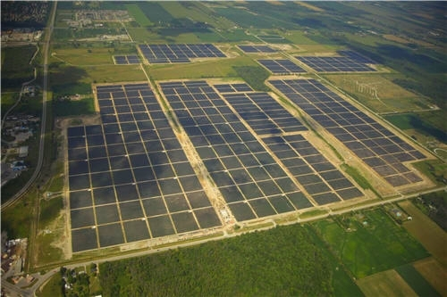 Parcul Solar Sarnia, Canada