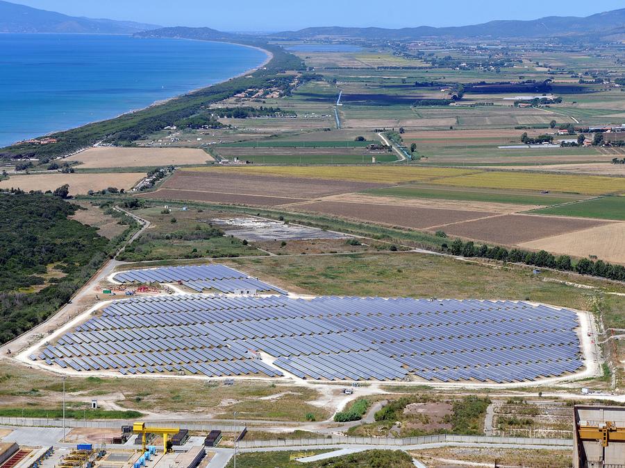 Parcul solar Montalto di Castro, Italia