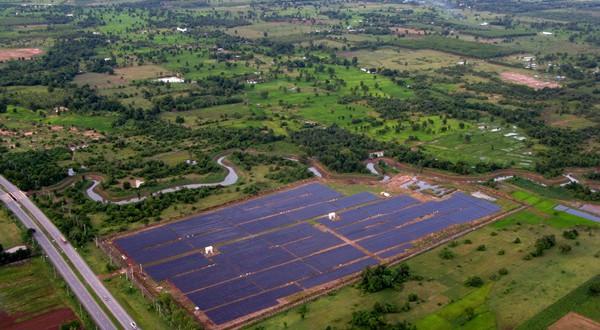 Parcul fotovoltaic Lop Buri