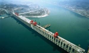 Cel-mai-mare-baraj-din-lume8