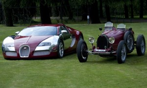 old_and_new_model_bugatti_red_car_89_1600x1200