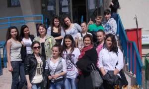 """Liceenii de la Colegiul Tehnic TRAIAN, din Bucureşti, salută """"ŞCOALA ALTFEL"""""""