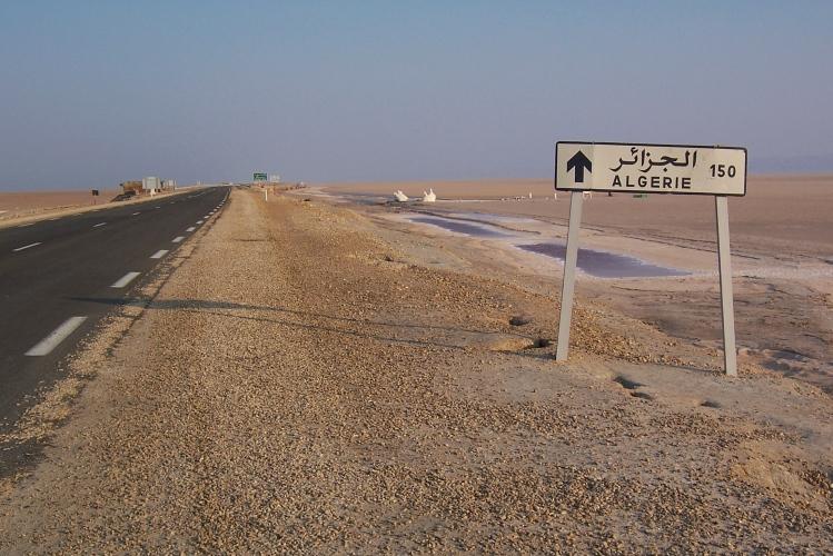 Drumul spre Algeria