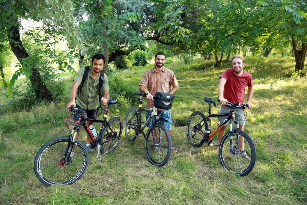 """Răzvan, Cristi şi Silviu - proiectul """"Cycle on South America"""""""